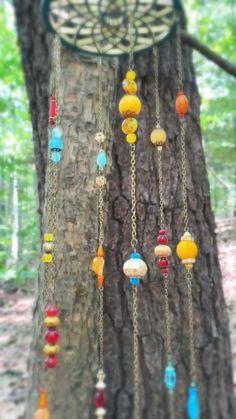 Hippie Crafts, Bohemian Crafts, Hippie Home Decor, Hippie Art, Boho Diy, Boho Decor, Bead Crafts, Fun Crafts, Unique Garden Decor