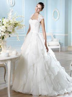 Wedding dress. San Patrick wedding dress . White off 700$