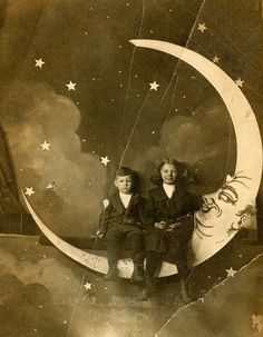 'Paper Moon' portraits, all the rage from 1900-1930