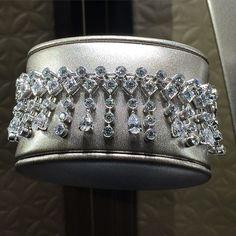 Instagram media luxsure - Presentation haute joaillerie @piagetbrand @piaget7paix #secretsandlights #hautejoaillerie #couture #fw15 #fashion #mode #parisfashionweek #paris  #luxury #luxe #diamonds #pfw