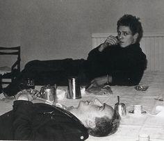 the clash - Paul Simonon and Joe Strummer Toast Of London, Topper Headon, The Future Is Unwritten, Paul Simonon, Weekend Film, Mick Jones, British Punk, Joe Strummer, Paul And Joe