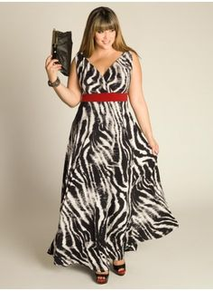Vestido con prints zebra, para una velada nocturna