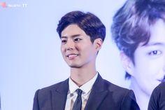 박보검 170211 태국 기자회견 [ 출처 : necktie_tt https://twitter.com/necktie_tt/status/830282034304016384 ]