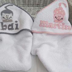 Toalla con capucha para bebe, personalizada.