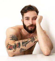 boy, Tattoos, and beard image Hair Men Style, Hair And Beard Styles, Hair Styles, Cool Hairstyles For Men, Haircuts For Men, Short Hairstyles, Bart Tattoo, Tattoo Boy, Boy Tattoos