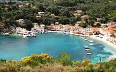 Paxos Island - group of the Ionian Islands in Greece - Watch http://destinations-for-travelers.blogspot.com/2013/05/ilha-paxos-grupo-de-ilhas-jonicas-na.html #islands #greece #beaches