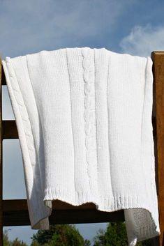 Vauvan peitto neulottu 100% puuvilla, väri valkoinen Blanket, Blankets, Cover, Comforters