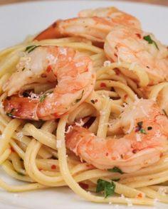 Gebackene Shrimp Linguine | Sei fancy, mach diese gebackenen Shrimp Linguine