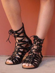 West Coast Wardrobe Womens Desert Gladiator Sandal in Black