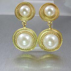 Bridal Pearl Earrings, Gold Pearl Dangle from TonettesTreasures