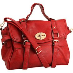 Sooo cute! Been on the hunt for a red handbag...