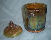 VINTAGE INDIANA HARVEST GOLD CARNIVAL GLASS CANDY JAR WITH LID - GRAPE PATTERN
