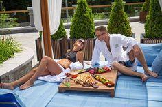 Élvezzétek a nyár legszebb pillanatait az Avalon Resort & SPA-ban!  #avalonresortandspa #summertime #holiday #vacation #sunnydays #sunbathing #baldachinbeds #couples #romanticmoments #fruits #happiness #dailygram