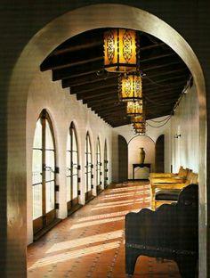 Dian Keaton's home, beautiful hallway