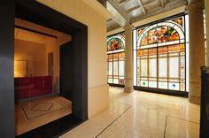 -- Via Quintino Sella 2, Milano -- Luci, colori e volumi