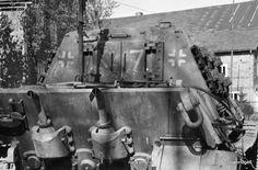 "Panzerjäger Tiger Ausf. B mit 12,8 cm Pa.K. 44 L/55 ""Jagdtiger"" (Sd.Kfz. 186) Nr. X7 (Fgst.Nr. 305058) | by Panzer DB"