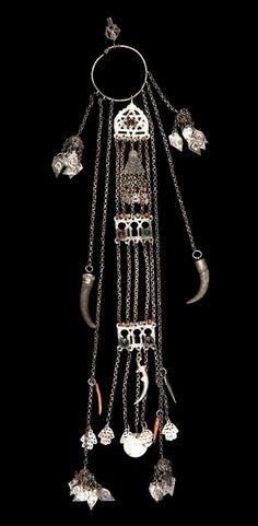 Tunisia - Medenine Governorate, Djerba | Pendant temporal; silver, coral, horn and enamel | ca. 19th century