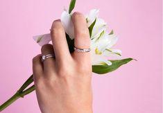 Ako nosiť snubný a zásnubný prsteň - Akčné ženy Engagement Rings, Jewelry, Enagement Rings, Wedding Rings, Jewlery, Jewerly, Schmuck, Jewels, Jewelery