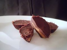 Almond Butter Cups (Low Carb and Gluten Free) Uses coconut oil.
