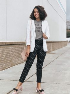 3913a8dd2f4d Absolutely loving this casual outfit. It s perfect for a business meeting