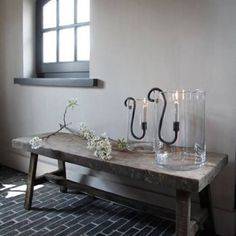 Belgian designed & hand forged candle holders by Sophie @puurwonensophie Please visit Belgian Pearls blog to see more. @belgianpearlsblog @frieda_dorresteijn @flekzer @landelijkwonenbylie_woonwinkel #belgiandesign #puurwonensophie #friedadorresteijn #flekzer#landelijkwonenbylie #belgianpearlsblog