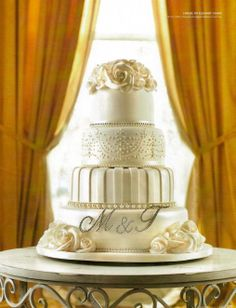 Mix icy white with cream, silver and gold for an opulent and regal affair Melbourne Wedding, Elegant Cakes, Homemade Cakes, Let Them Eat Cake, Affair, Wedding Cakes, Cream, Wedding Ideas, Facebook
