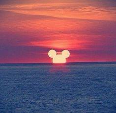 New wallpaper phone disney princess mickey mouse Ideas Disney Pixar, Disney And Dreamworks, Disney Art, Disney Mickey, Images Disney, Disney Pictures, Disney California Adventure, Disney Love, Disney Magic