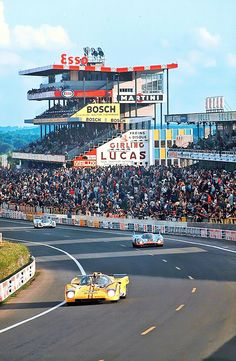 1971 LeMans 24 - The Montjuich Ferrari 512M followed by the Wyer Porsche 917K and the Martini Porsche 917K.  The Martini International Racing Team of Gijs van Lennep and Dr. Helmut Marko took the overall victory in the event.  #LeMans24 #Ferrari512M #Porsche917K #MartiniPorsche917K Sports Car Racing, Road Racing, Sport Cars, F1 Racing, Racing Team, 24 Hours Le Mans, Le Mans 24, La Mans, Ferrari 512m