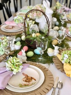 This Easter Sunday, set a scene that is both classic and modern. I created a simple place setting that includes details such as a Nantucket basket weave dinner plate topped with a timeless watercolor. Easter Table Settings, Easter Table Decorations, Easter Decor, Easter Ideas, Easter Centerpiece, Holiday Decorations, Easter Dinner, Easter Party, Easter Gift