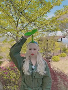 Kpop Girl Groups, Korean Girl Groups, Kpop Girls, South Korean Girls, Nature Plants, Green Nature, Ponytail Plant, Chinese Zodiac Signs, New Memes