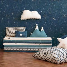 Blue is the perfect colour four kids' bedrooms, even if it is for girls! Click and check our amazing blue furniture and get drown in inspiration! Bedroom Cushions, Pink Cushions, Scatter Cushions, Floor Cushions, Baby Bedroom, Kids Bedroom, Bedroom Decor, Room Interior, Interior Design Living Room