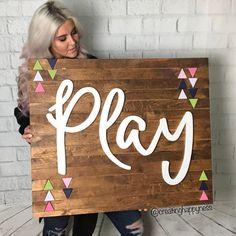 #PlayroomSeating Playroom Signs, Playroom Decor, Playroom Ideas, Basement Ideas, Playroom Furniture, Baby Playroom, Playroom Storage, Playroom Bench, Organized Playroom