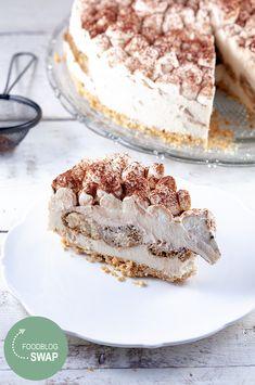 Savory magic cake with roasted peppers and tandoori - Clean Eating Snacks Oreo Cheesecake, Cupcakes, Cake Cookies, Salty Cake, Savoury Cake, Mini Cakes, Other Recipes, Clean Eating Snacks, Food And Drink