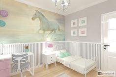 Pokój 7-mio letniej dziewczynki, styl klasyczny. Więcej pokoi dziecięcych na www.home-work.design. Zapraszamy do współpracy :)  #pokojedziecięce #pokojdziewczynki Playroom Decor, Hani, Boy Or Girl, Kids Room, Toddler Bed, Decorating Ideas, Nursery, Interior Design, Children