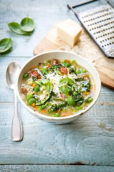This soup is so good served with a pesto-style dressing. If you have a bit of leftover Parmesan rind, sling it into the pot to add flavour. Blue Zones Recipes, Zone Recipes, Asda Recipes, Pesto Dressing, Hairy Bikers, Spaghetti, Small Pasta, Tomato Vegetable, Mediterranean Recipes