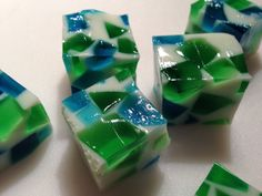 Hawks Blocks - Game Day Jello Shots  https://www.facebook.com/photo.php?fbid=10152167132657356&set=a.397532397355.164074.219463742355&type=1&theater