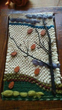 Otros Paper Weaving, Weaving Art, Weaving Patterns, Tapestry Weaving, Loom Weaving, Hand Weaving, Yarn Crafts, Diy And Crafts, Loom Love
