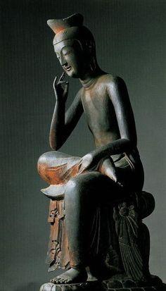 Japanese National Treasure, Miroku Bosatsu statue at Koryu-ji Temple, Kyoto, Japan                                                                                                                                                                                 もっと見る