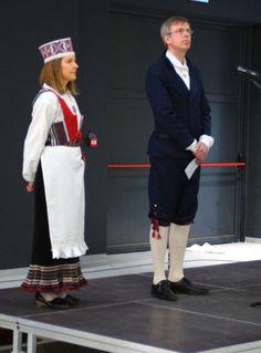Wernisaż wystawy 'Estońskie stroje ludowe' oraz otwarcie 'Dni Estonii'. Pan Ambasador Estonii z żoną.