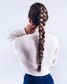 Queue de cheval tresse (single french braid with weave) Cute Hairstyles For School, Trendy Hairstyles, Braided Hairstyles, Hairstyle Braid, Sponge Hairstyles, Summer Hairstyles, Cute Hairstyles With Braids, Rihanna Hairstyles, Female Hairstyles