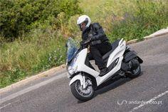 Com e sem paralelo - Yamaha Tricity versus Yamaha Majesty 125 S - Test drives - Andar de Moto