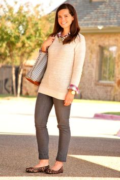 Comfy and put together outfit - comfy flats, festive plaid and just the right amount of sparkle. #outfit #shopping #holidayshopping