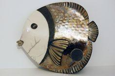 L'atelier CODOLINA, situé à Santa Reparata, joli village perché de Balagne, entre mer et montagne, vous accueille pour des stages de modelage, poterie, et vous fera découvrir les secrets de la céramique Raku, afin de créer vos premières oeuvres en 5 jours...