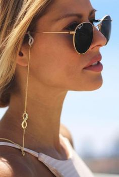 Fashionable sunglass chain, two triangle charms frame your face. This statement sunglass chain makes a fashion statement and protects your eyewear. Infinity Jewelry, Sunglasses Women, Round Sunglasses, Eyewear, Bear, Infinity Symbol, Depressed, Metal Spring, Homemade Halloween
