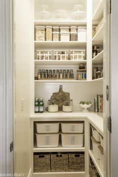 10 genius pantry organization ideas that will transform a kitchen pantry. From pantry organizing to a small pantry remodel, you'll find all the sources you need to create a pantry design you'll love. Small Kitchen Pantry, Kitchen Pantry Design, Kitchen Buffet, Kitchen Pantry Cabinets, Kitchen Organization Pantry, Kitchen Tops, Kitchen Decor, Organization Ideas, Kitchen Ideas