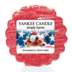 Strawberry Shortcake* - The yummy scent of farm fresh, light-sugared strawberries and delicious shortcake are combined in this Yankee Candle simply home tart wax met.