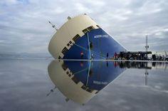Primeras imágenes del interior del carguero 'Modern Express'