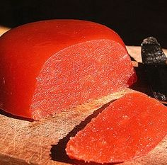 Birsalma sajt (quince jell from Hungary) Hungarian Cuisine, Hungarian Recipes, Hungarian Food, Quince Jelly, Cake Recept, Vegan Cheese Recipes, Pickling Cucumbers, No Bake Cake, Hungary