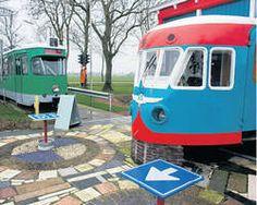 Te koop: uniek B&B met tram in de tuin - AD.nl: We zijn er eens geweest, echt uniek, gastvrije mensen die Frank en Irma, een aanrader!