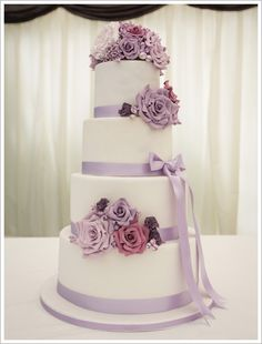 Lilac Wedding Cake this would look lovley in black ribbon
